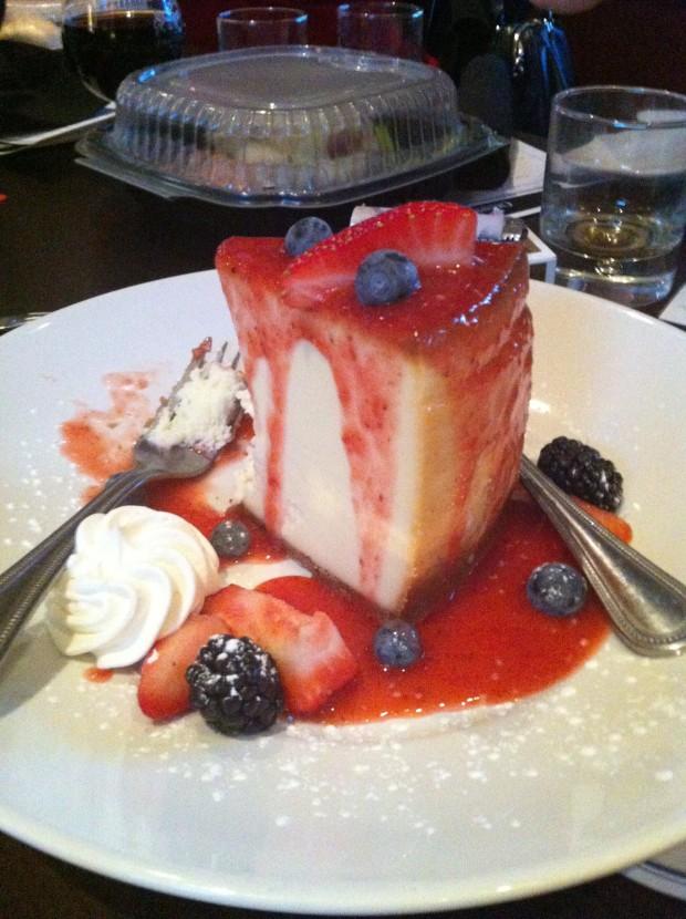 Dessert at Champps Americana Las Colinas // dallasfoodnerd.com