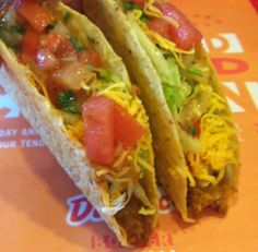 two dollar tacos at del taco via dallasfoodnerd.com