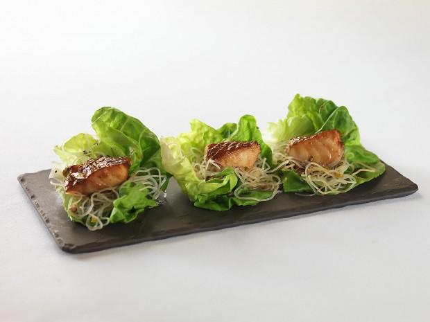Roy's Restaurant - Misoyaki Butterfish Lettuce Wraps via dallasfoodnerd.com