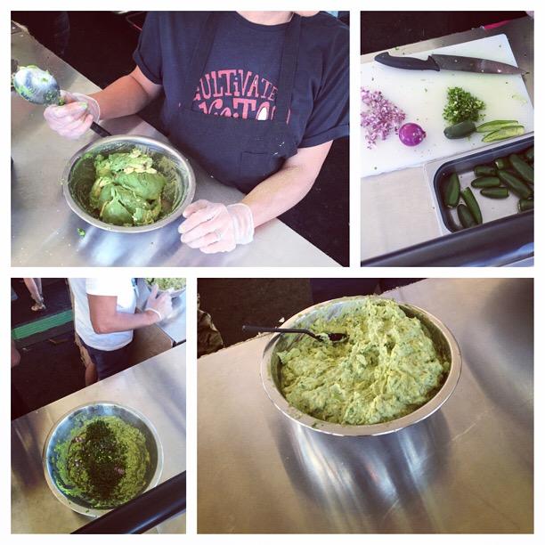 chipotle guacamole demo via dallasfoodnerd.com