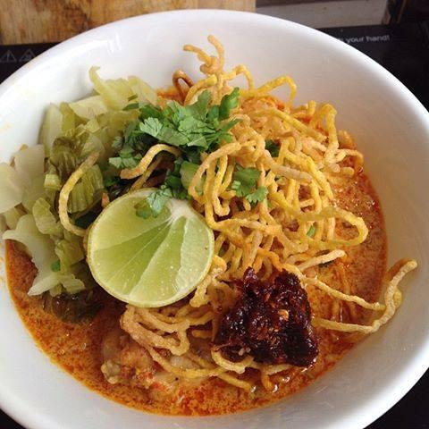 Khao Soi_popular street noodle dish via dallasfoodnerd.com