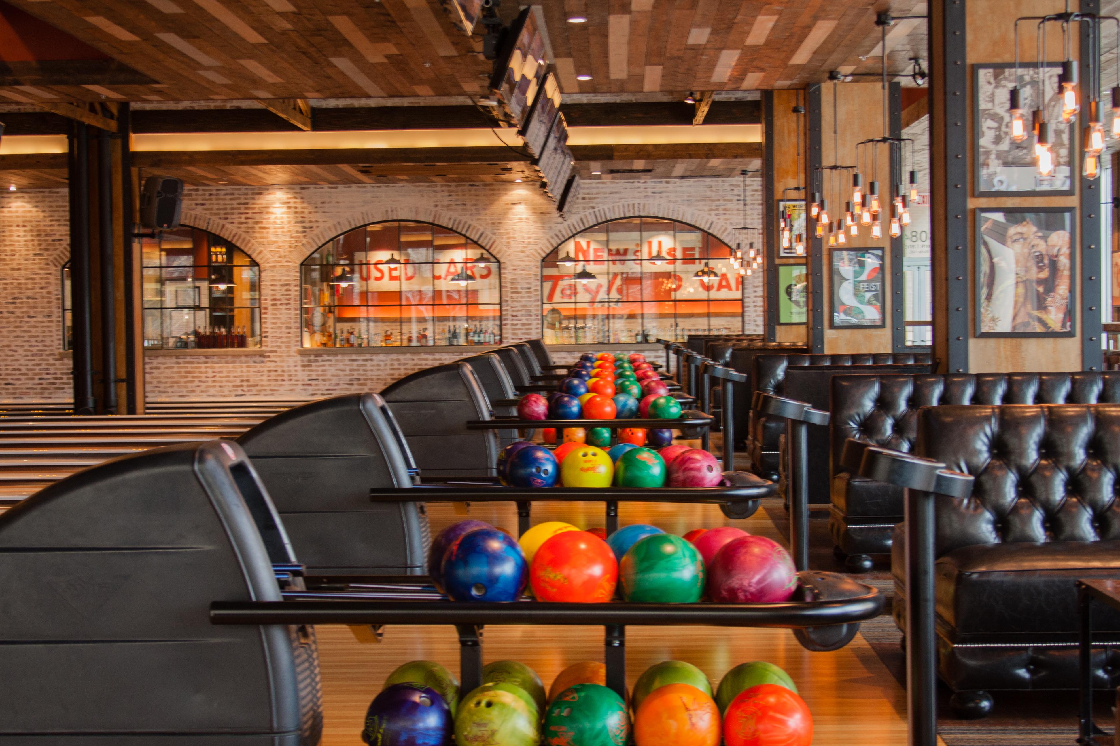 Bowl and Barrel Dallas via dallasfoodnerd.com