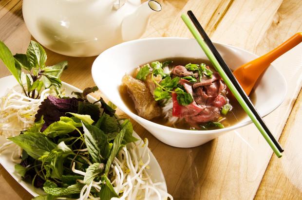 kin kin urban thai opens in fort worth via dallasfoodnerd.com