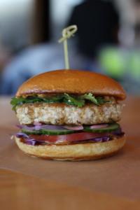 hopdoddy's new burger via dallasfoodnerd.com