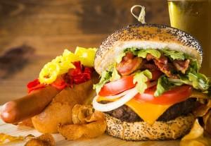 Samsons now offers burgers via dallasfoodnerd.com
